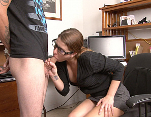 012120_corey_probation_officer_sucks_big_dick_148_4