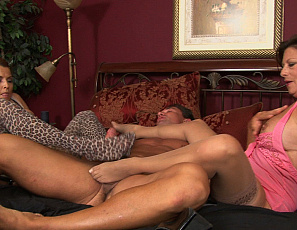 020521_stacie_starr_two_big_tit_milf_footjob_100_4
