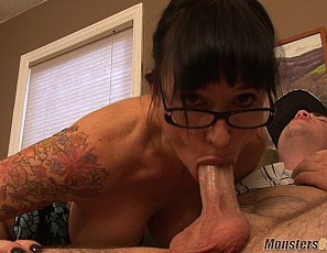 080619_angie_dude_your_mom_is_hot_138_2