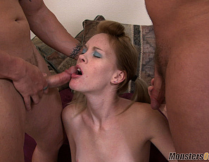 083118_ember_sky_double_blowjob_cumbath_035_4